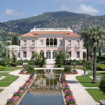 Villa_Ephrussi_de_Rothschild_BW_2011-06-10_11-24-41