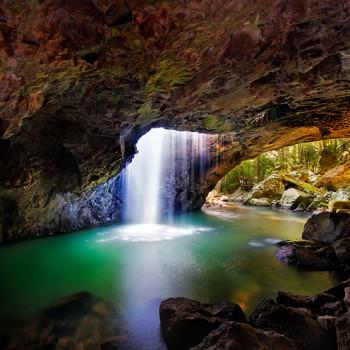 natural-arch-springbrook