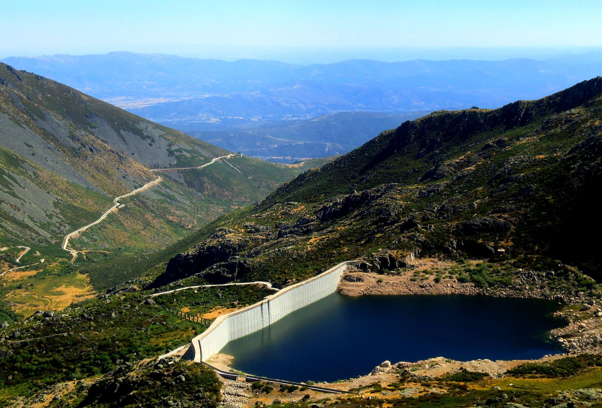 Serra-Estrela-Lagoa1